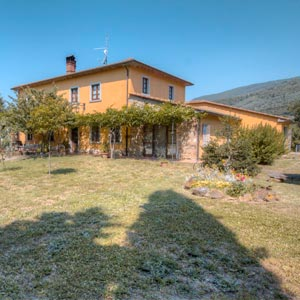 Farmhouse in Tuscany | Farmhouse apartments and rooms near Arezzo