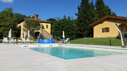 Photos of Tuscan farm holidays | Pictures and images of vacation apartments and rooms in a farmhouse